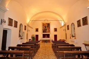 chiesa di poggio aquilone interno